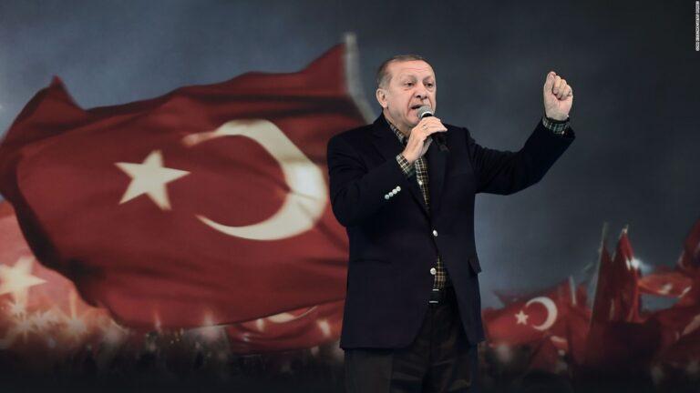 Erdogan symbol of Islamic renaissance