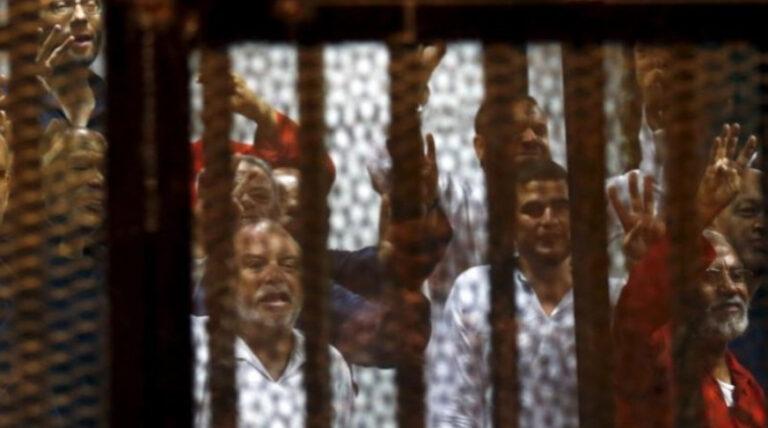 মিসরে মুসলিম ব্রাদারহুডের ১২ সদস্যের মৃত্যুদণ্ড বহাল রেখেছে সিসির আদালত